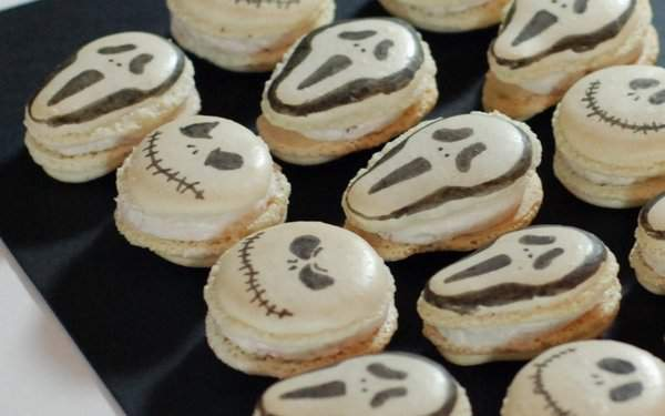 Halloween macarons filling