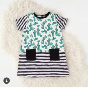 How cool is this dress by sewingthatbites Its the rowanteehellip