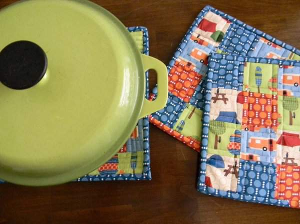 Wisbrun RoughingItPotholders5