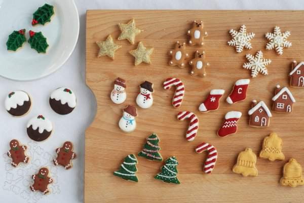 Mini Christmas Cookies for Advent Calendar