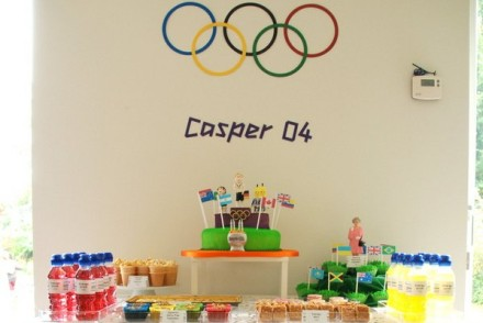 olympicdesserttable-1