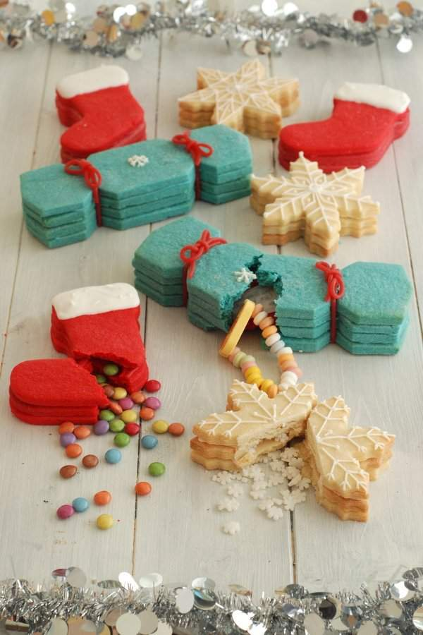 Christmas Cookies with Hidden Presents 1