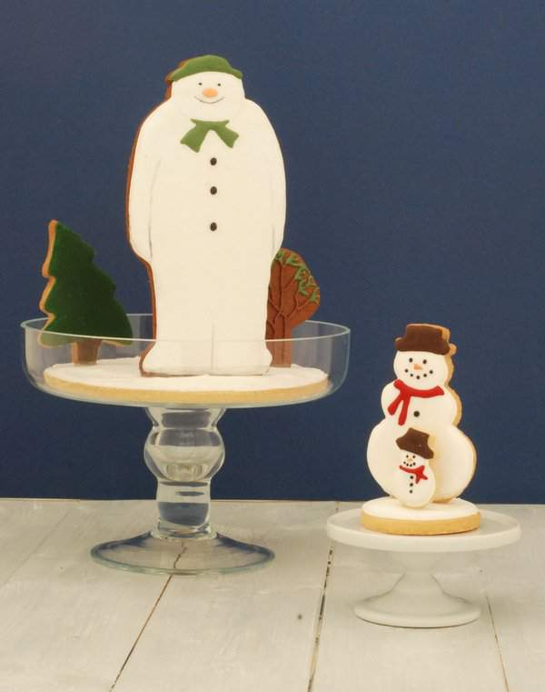 The Snowman Cookie Snowglobe 3