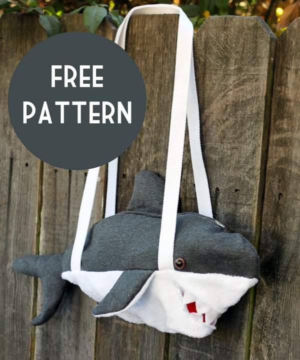Shark Bag Tutorial and Free Pattern by Small & Friendly