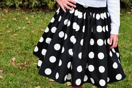 holiday skirt--simplesimonandco